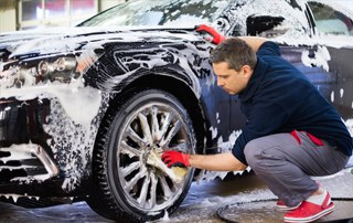 starting a car wash business for beginners